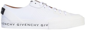 Givenchy Logo Printed Low-Top Sneakers