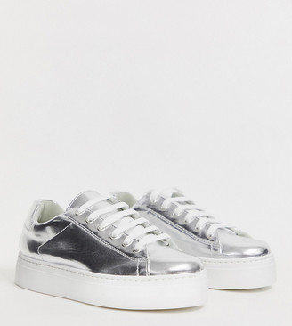 Asos Design DESIGN Wide Fit Day Light chunky flatform lace up sneakers in silver