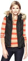Gap Fitted puffer vest