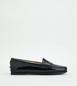 Tod's City Gommino Driving Shoes in Patent Leather