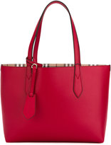 Burberry The Small Reversible tote - women - Calf Leather - One Size