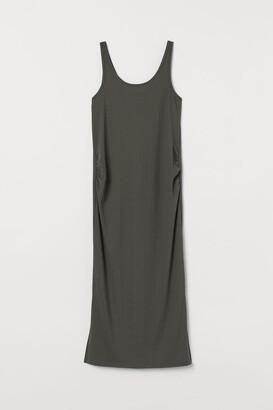 H&M MAMA Ribbed Jersey Dress - Green
