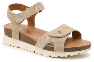 White Mountain Pebble Wedge Sandal