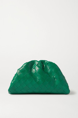 Bottega Veneta The Pouch Small Gathered Intrecciato Leather Clutch - Green