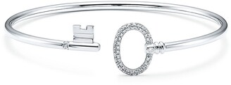 Tiffany & Co. Keys wire oval bracelet in 18k white gold with pave diamonds, small