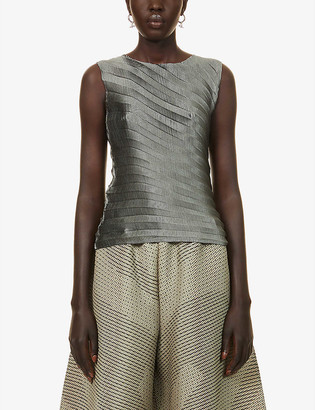 Issey Miyake Pleated sleeveless woven top
