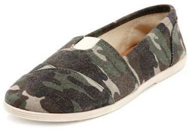 Charlotte Russe Camouflage Wrap Canvas Flat