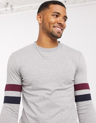 ASOS DESIGN muscle longline long sleeve t-shirt with contrast sleeve stripe in gray marl