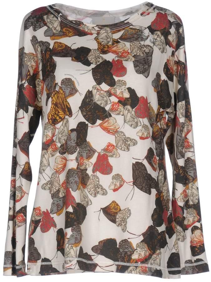 Roberta Scarpa T-shirts - Item 12048542