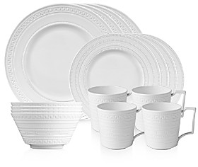 Wedgwood Intaglio 16-Piece Dinnerware Set