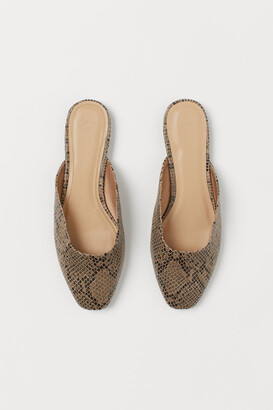 H&M Snakeskin-patterned mules
