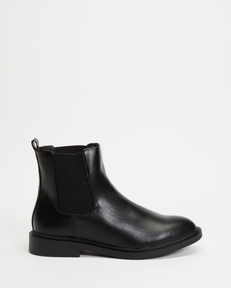 Dazie - Women's Black Chelsea Boots - Flores Ankle Boots - Size 5 at The Iconic