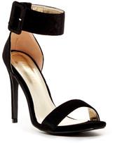 Liliana Golden Open Toe Sandal