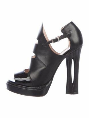 Fendi Leather Cutout Accent Boots Black