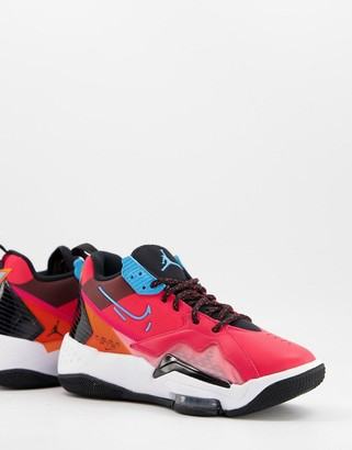 Jordan Zoom '92 trainers in red and blue