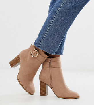 Asos Design DESIGN Wide Fit Relay heeled ankle boots in taupe-Beige