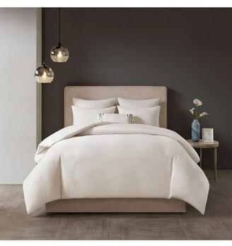 Natori Hanae White Comforter Set