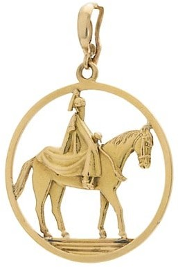 Stephanie Windsor Vintage 18K Yellow Gold Knight On Horse Charm