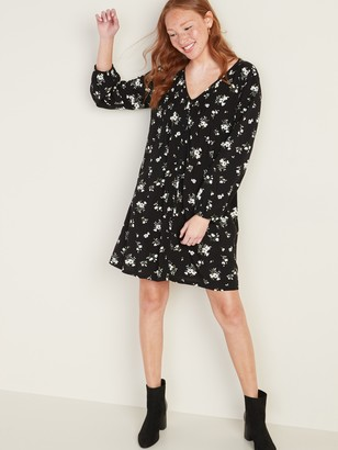 Old Navy Pintucked Button-Front Floral Swing Dress for Women