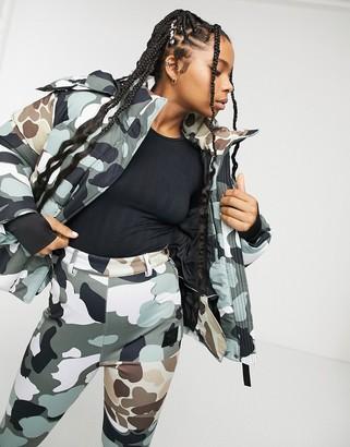 Asos 4505 4505 ski camo jacket with pockets-Multi