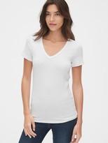 Gap Modern V-Neck T-Shirt
