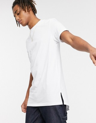 ASOS DESIGN longline t-shirt with crew neck and side splits in white