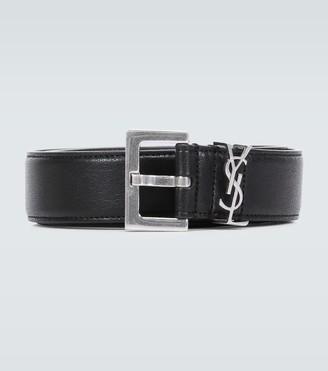 Saint Laurent Slim leather belt