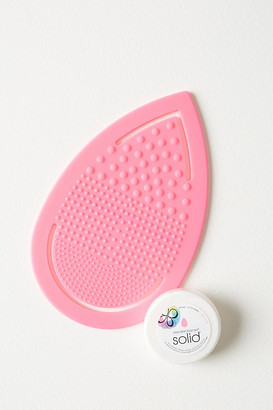 Beautyblender Keep. It. Clean Kit By in Pink