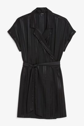 Monki Short-sleeved wrap dress
