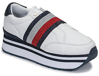 Tommy Hilfiger ELASTIC SLIP ON FLATFORM SNEAKER women's Shoes (Trainers) in White