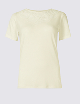 Classic Lace Detail Round Neck Short Sleeve T-Shirt