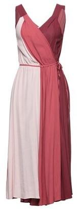 Caractere Knee-length dress
