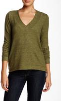 Harlowe & Graham V-Neck Soft Pullover Sweater