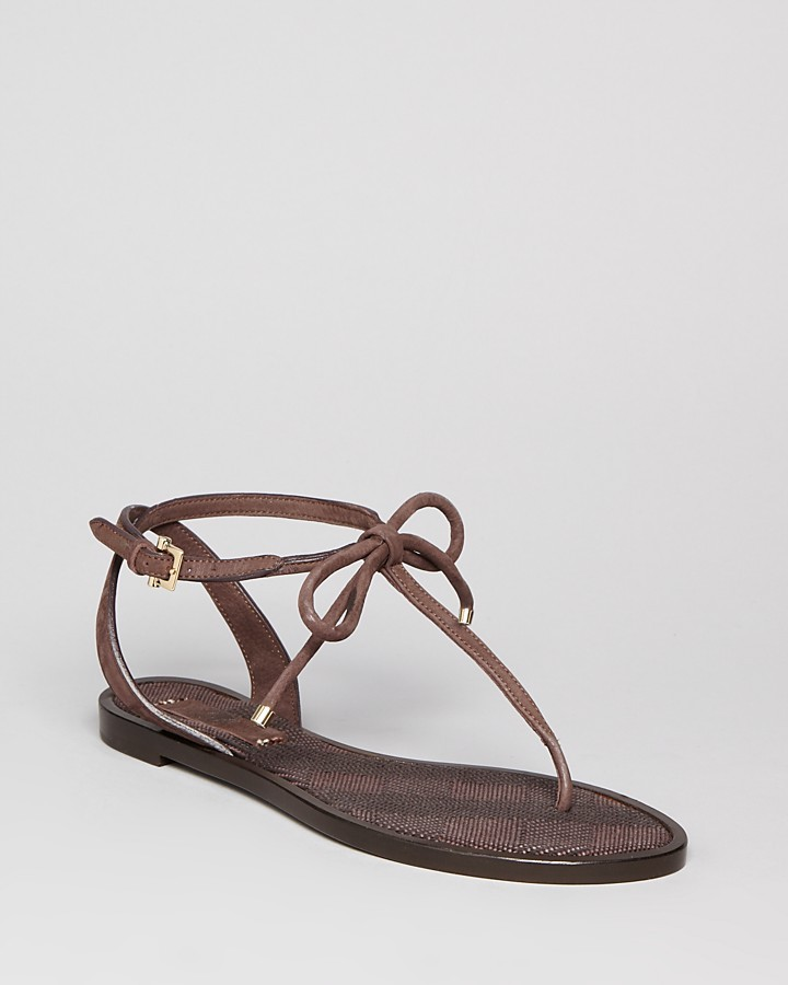 Burberry Flat Thong Sandals - Marlow
