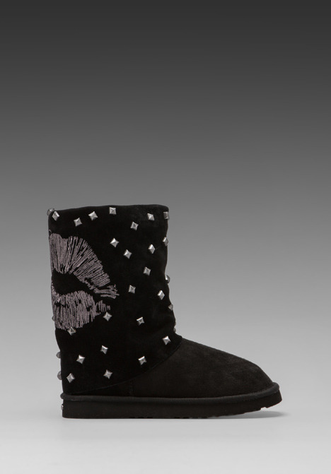 Koolaburra x Lauren Moshi Lips Boot with Twinface Sheepskin