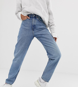 Weekday Lash organic cotton oversized mom jean in light blue