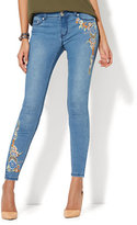 New York & Co. Soho Jeans - Rhinestone Accent & Embroidered Ankle Legging - Medium Blue Wash