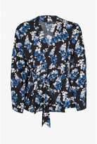 Select Fashion Fashion Womens Black Belted Wrap Jacket - size 6