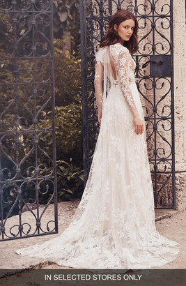 Monique Lhuillier Long Sleeve Lace Wedding Dress