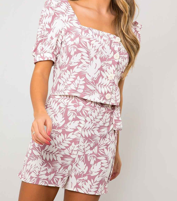 Thumbnail for your product : New Look Urban Bliss Palm Print Puff Sleeve Top