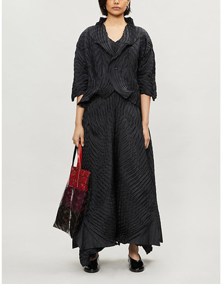 Issey Miyake Pleated cropped woven jacket