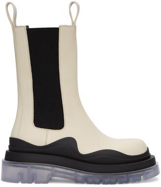 Bottega Veneta Off-White & Black Medium Tire Chelsea Boots