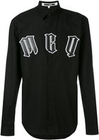 McQ by Alexander McQueen gothic appliqué logo shirt - men - Cotton - 46