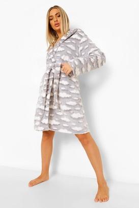 boohoo Cloud Print Luxury Fleece dressing gown