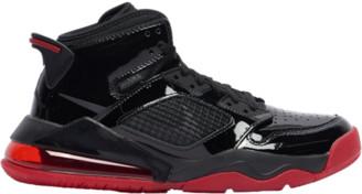 Jordan Mars 270 Basketball Shoes - Black / Anthracite Gym Red
