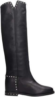 Via Roma 15 Low Heels Boots In Black Leather