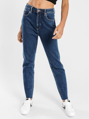 Articles of Society High Amy Mom Slim Jeans in Heavy Rinse Blue Denim