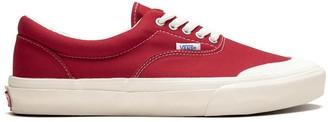 Vans V95 Half Moon Era sneakers