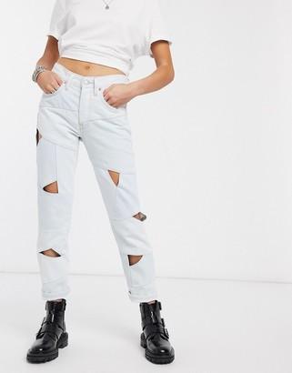 Levi's 501 crop cut out jean in bleach wash