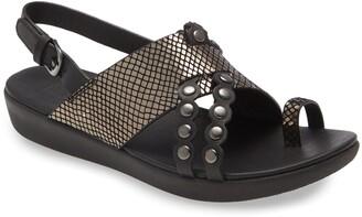 FitFlop Scallop Embellished Sandal